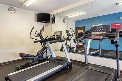 Fitness center | Comfort Suites Lake Charles