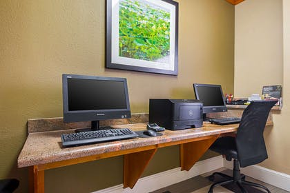 Business center | Comfort Suites Lake Charles