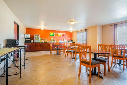 Spacious breakfast area | Quality Inn & Suites