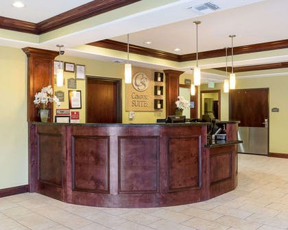 Front desk | Comfort Suites Harvey - New Orleans West