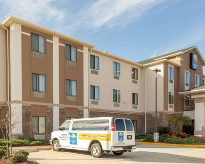 Hotel shuttle available | Comfort Inn New Orleans Airport