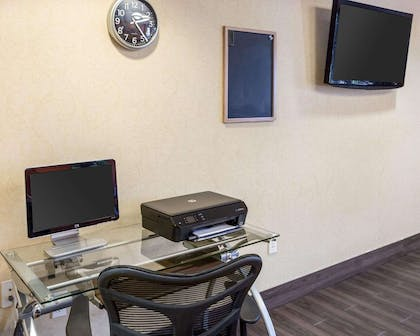 Business center with high-speed Internet access | MainStay Suites Houma