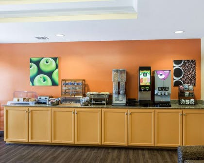 Free continental breakfast | MainStay Suites Houma