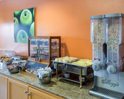 Assorted breakfast items | MainStay Suites Houma