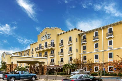Hotel exterior | Evangeline Downs Hotel, an Ascend Hotel Collection Member