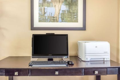 Business services available | Comfort Inn And Suites