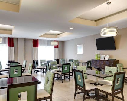 Breakfast room | Comfort Suites
