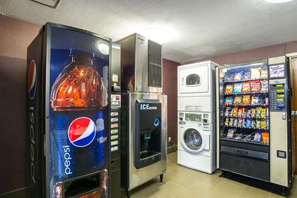 Hotel vending and guest laundry | Comfort Inn Alexandria