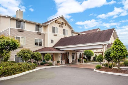 Hotel exterior | Quality Inn & Suites Federal Way - Seattle