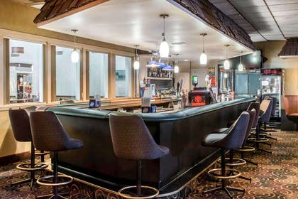 BarLounge | Baymont by Wyndham Barstow Historic Route 66
