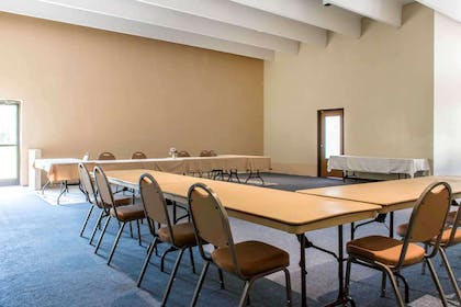 Meeting Room | Baymont by Wyndham Barstow Historic Route 66
