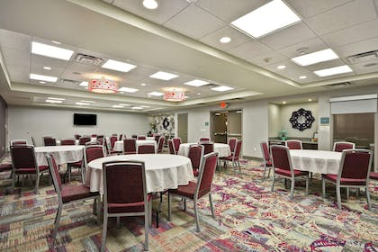 Meeting Room | Home2 Suites by Hilton KCI Airport