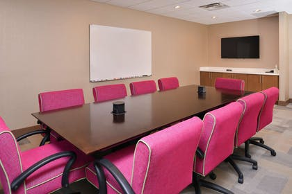 Meeting Room | Hampton Inn and Suites St. Paul Oakdale/Woodbury by Hilton
