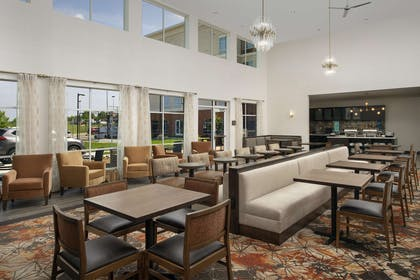 Lobby | Homewood Suites by Hilton Kansas City Speedway