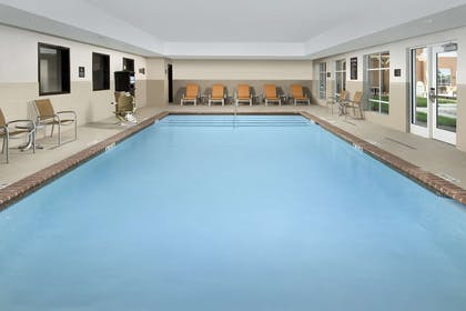 Pool | Homewood Suites by Hilton Kansas City Speedway