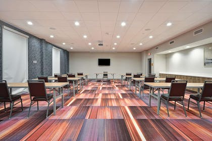 Meeting Room   Home2 Suites by Hilton Columbus Airport East Broad