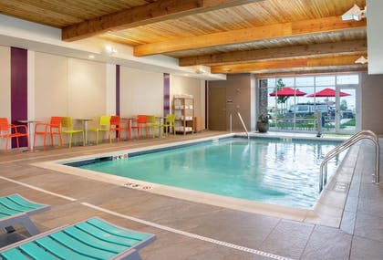 Pool | Home2 Suites by Hilton Indianapolis South Greenwood