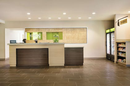 Reception | Home2 Suites by Hilton Williamsville Buffalo Airport