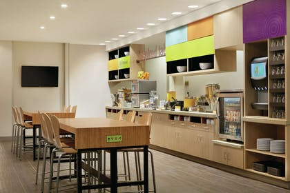Restaurant | Home2 Suites by Hilton Williamsville Buffalo Airport