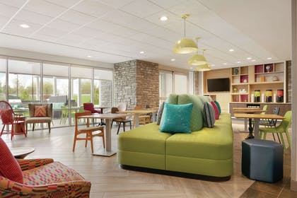 Lobby | Home2 Suites by Hilton Williamsville Buffalo Airport