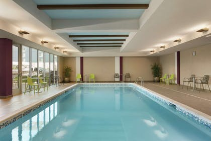 Pool | Home2 Suites by Hilton Williamsville Buffalo Airport