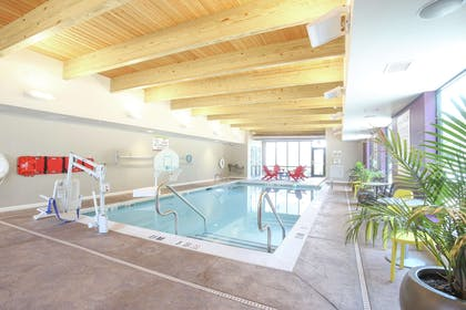 Pool | Home2 Suites by Hilton Bordentown