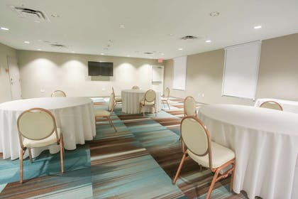 Meeting Room | Home2 Suites by Hilton Bordentown