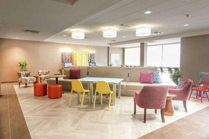 Lobby | Home2 Suites by Hilton Bordentown