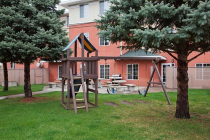 GrandStay STC Patio | GrandStay Residential Suites Hotel- Saint Cloud