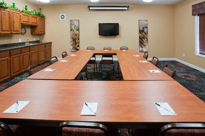 GrandStay STC Meeting Room | GrandStay Residential Suites Hotel- Saint Cloud