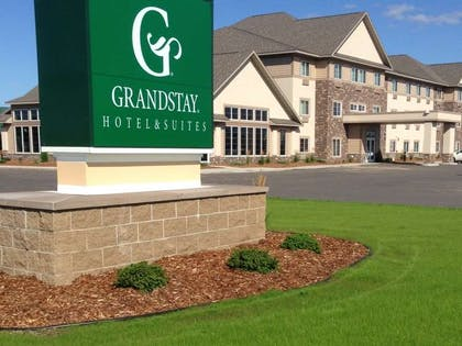 Thief River | Grandstay Hotel Suites Thief River Falls