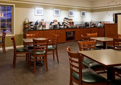 GrandStay Apple Valley Breakfast cro | GrandStay Hotel and Conference