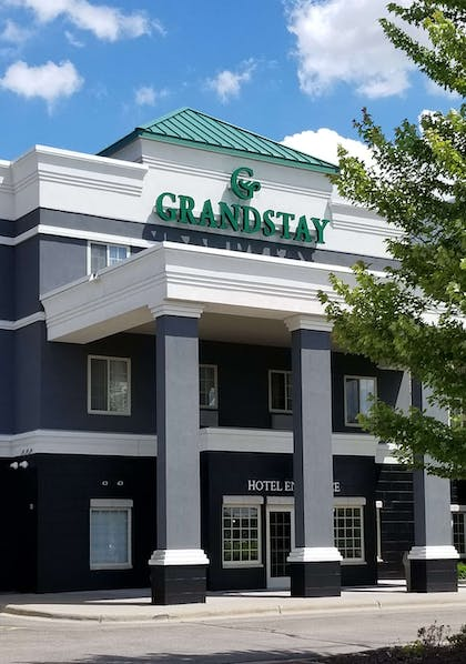 Exterior view | GrandStay Hotel and Conference