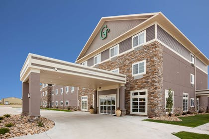 GrandStay Valley City Exterior Day | GrandStay Hotel and Suites