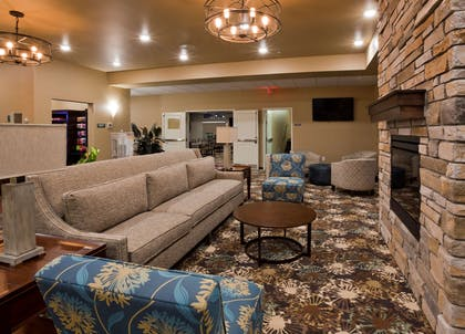 GrandStay Valley City Lobby | GrandStay Hotel and Suites