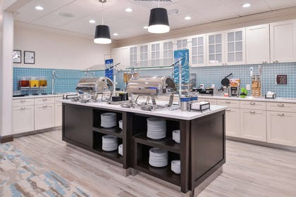 Restaurant | Homewood Suites by Hilton Des Moines Airport