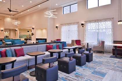 Lobby | Homewood Suites by Hilton Des Moines Airport