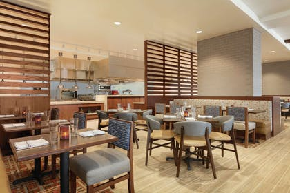 Restaurant | Embassy Suites by Hilton South Jordan Salt Lake City