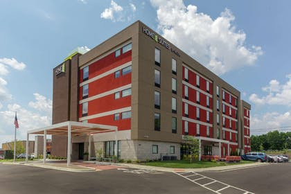 Exterior | Home2 Suites by Hilton Louisville Airport/Expo Center, KY
