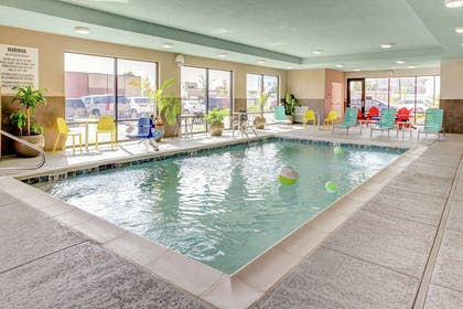 Pool | Home2 Suites by Hilton Louisville Airport/Expo Center, KY