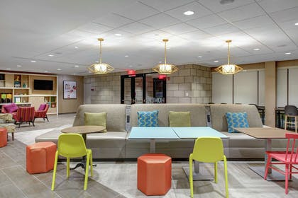 Lobby | Home2 Suites by Hilton Louisville Airport/Expo Center, KY