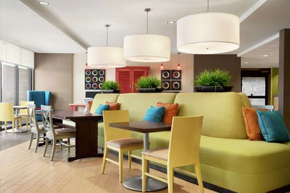 Lobby   Home2 Suites by Hilton Elko