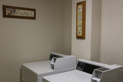 Laundry Facility | GuestHouse Kelso Longview