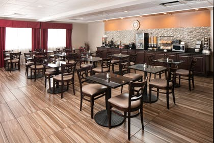 ALSARA Breakfast Area | Red Lion Inn & Suites Saraland