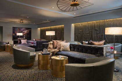 Lobby | The Troubadour Hotel New Orleans, Tapestry Collection by Hilton