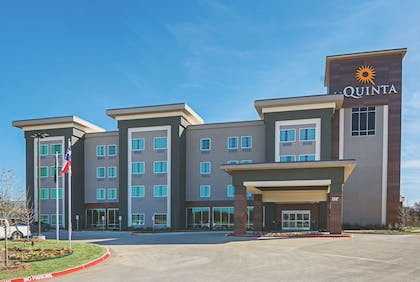 Exterior | La Quinta Inn & Suites by Wyndham Dallas - Wylie
