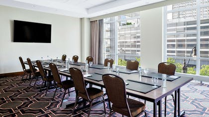 Meeting Room   Home2 Suites by Hilton Chicago McCormick Place