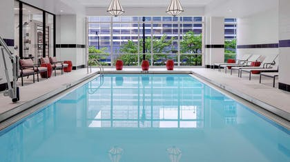 Pool | Hilton Garden Inn Chicago McCormick Place