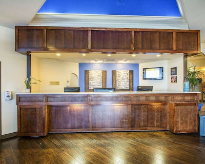 Front desk with friendly staff | Bluegreen Vacations Casa del Mar, Ascend Resort Collection