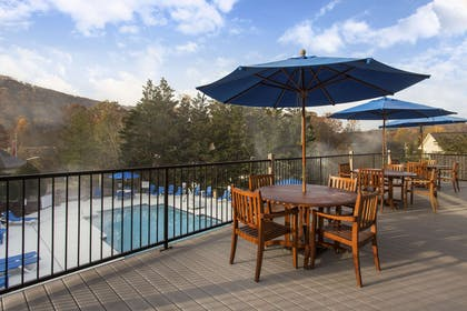 Relax on the sundeck | Bluegreen Vacations Laurel Crest, an Ascend Resort